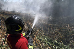 Brand i bygden Arkivbild