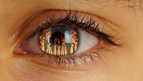 Brand i mänskligt öga arkivfilmer