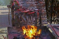 Brand i smedjan Arkivbild