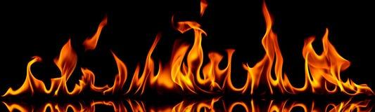 Brand och flammor. Arkivfoto
