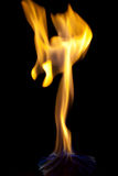 Brand op een donkere achtergrond Stock Foto's