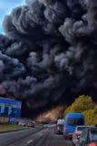 Brand på den industriella zonen Royaltyfri Bild