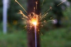 In brand stekend Bengaals licht ter beschikking met vage bakground close-upmening stock afbeeldingen