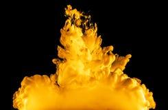 Brand van inkt in water Stock Fotografie