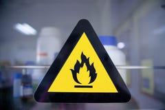 Brandbaar chemisch etiket royalty-vrije stock fotografie