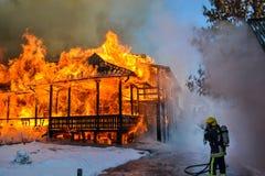 Brandbestrijder - een gevaarlijk beroep Royalty-vrije Stock Foto