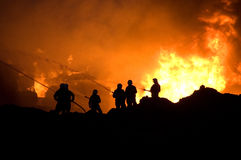Brandbestrijders op het werk Stock Fotografie
