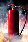 Brandblusapparaat en vlammen Royalty-vrije Stock Foto's