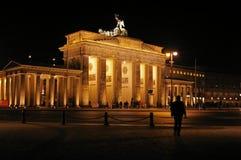 Brandenburg brama iluminująca przy nocą Obraz Royalty Free