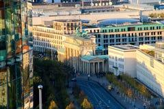 Brandenburg brama w Berlin przy wschodem słońca, Niemcy Fotografia Stock