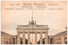 Brandenburg port i Berlin, Tyskland, collage på bakgrund för sepiatappningvykort Arkivbilder