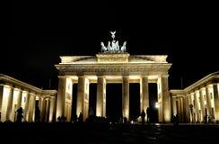 Brandenburg utfärda utegångsförbud för Arkivbild