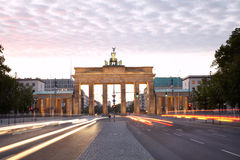 Brandenburg utfärda utegångsförbud för, den Berlin aftonen Arkivfoton
