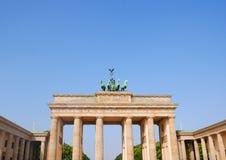 Brandenburger port i Berlin, Tyskland royaltyfria bilder