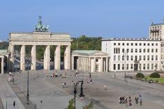 Brandenburger utfärda utegångsförbud för, Berlin royaltyfria bilder