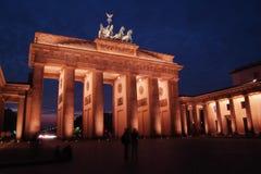 Brandenburger Tor an der Dämmerung Stockfotografie