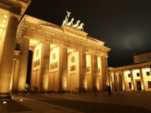 BRANDENBURGER TOR BY NIGHT Royalty Free Stock Images