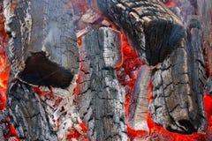 Brandend brandhout royalty-vrije stock afbeeldingen