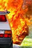 Brandende auto na ongeval Royalty-vrije Stock Fotografie