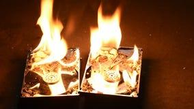 Brandende harde schijfaandrijving stock footage