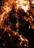 Brandende houtskool Royalty-vrije Stock Afbeelding