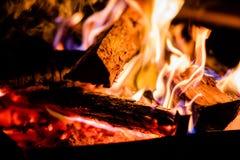 Brandende Logboeken royalty-vrije stock afbeeldingen