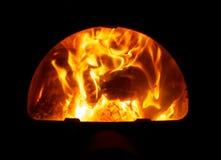 Brandhout in de oven van het bad royalty-vrije stock afbeelding