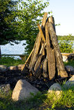 Brandhout klaar om een brand te maken Stock Afbeeldingen
