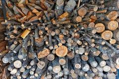 Brandhoutvoorraad voor de winter royalty-vrije stock afbeeldingen