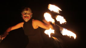 Brandkvinnakapacitet arkivfilmer