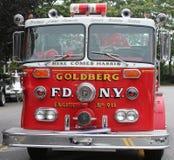 Brandlastbil på skärm på showen för malahandfatbil som rymms i Brooklyn, New York Royaltyfri Foto