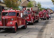 Brandlastbilen ståtar Fotografering för Bildbyråer