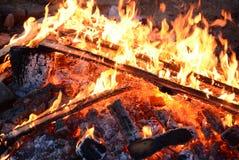 Brandlinje på svart bakgrund Royaltyfri Bild