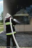 Brandman på arbete Arkivfoton
