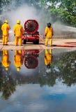 Brandman på branden arkivfoton