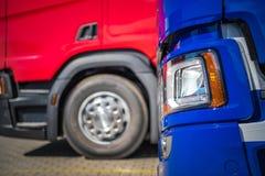 Brandnew ciężarówki Dla sprzedaży obrazy stock