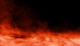 Brandrook op de vloer Geïsoleerded zwarte achtergrond royalty-vrije stock afbeeldingen