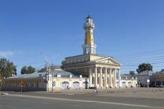 Brandtorn i den Kostroma staden, ryskt landskap Royaltyfri Fotografi