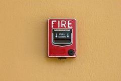 Brandveiligheid van de brandalarm de rode doos Stock Afbeelding