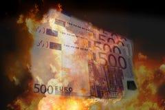 Brandvlammen 500 het euro rekeningen 3d teruggeven vector illustratie
