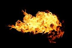Brandvlammen op zwarte worden geïsoleerd die Stock Fotografie