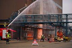 Brandweerman in actie Royalty-vrije Stock Foto