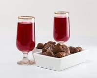 Brandy y chocolates de la cereza Foto de archivo libre de regalías