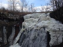 Brandywine Falls. A partially frozen waterfall in Cuyahoga Valley National Park Stock Photo