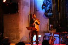 Branford Marsalis saxofon som spelar levande musik på Cracowen Jazz All Souls Day Festiva Arkivbild