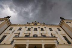 Branicki宫殿门面顶部 免版税库存照片