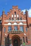 BRANIEWO, POLÔNIA Fragmento de uma fachada da construção da autoridade municipal imagens de stock royalty free