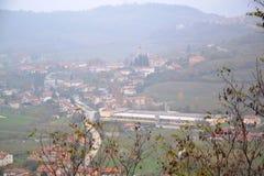 Branik Slovenia wioski widoku Gorica krasu Primorska regionu kasztel Rihenberk Kras Fotografia Royalty Free