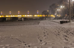 Branko` s brug bij mistige nacht Royalty-vrije Stock Afbeelding