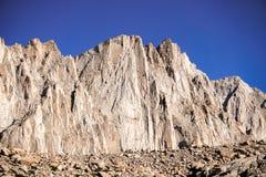 Brant berg, sequoianationalpark, montering Whitney Trail, östlig toppig bergskedja berg, Kalifornien arkivfoto